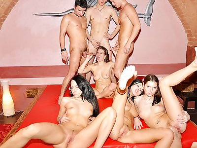 Extraordinaire college Dp party romp sequence